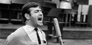 Vujicsics Tihamér zeneszerző 1965-ben a Magyar Rádió 6-os stúdiójaában - forrás: Fortepan