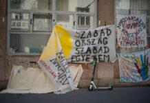 Az SZFE demonstrációján - fotó: Todoroff Lázár
