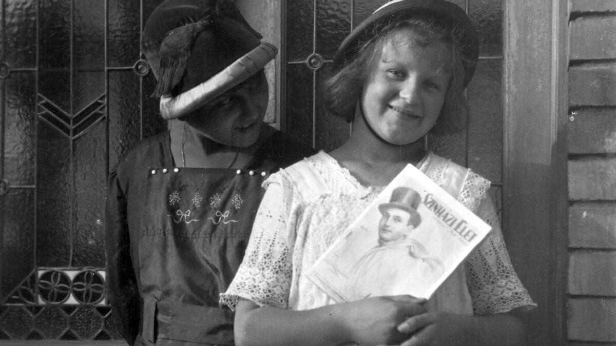 Színházi magazinok: veszedelmes lapok vagy közszükségleti cikkek?
