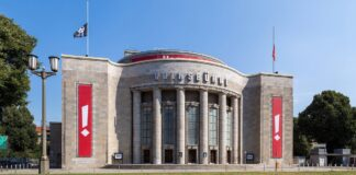 "Theater ""Volksbühne"" -forrás: Wikipedia"