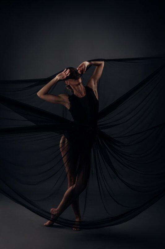Pécsi Balett Vasarely-etüdök - forrás: Borbás Betti