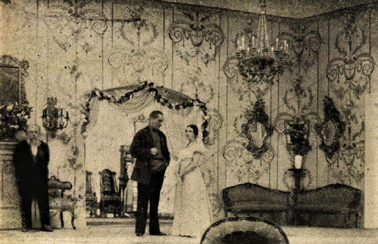 Varsányi Irén, mint Ranyevszkaja, Cseresznyéskert, Vígszínház, 1924. Forrás: Színházi Élet, 1924/ 38. 4. Arcanum