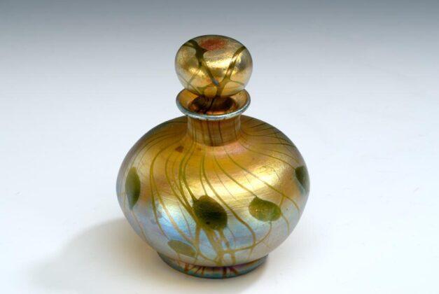 Illatszeres palack dugóval - piperekészlet része - New York 1913 - IM