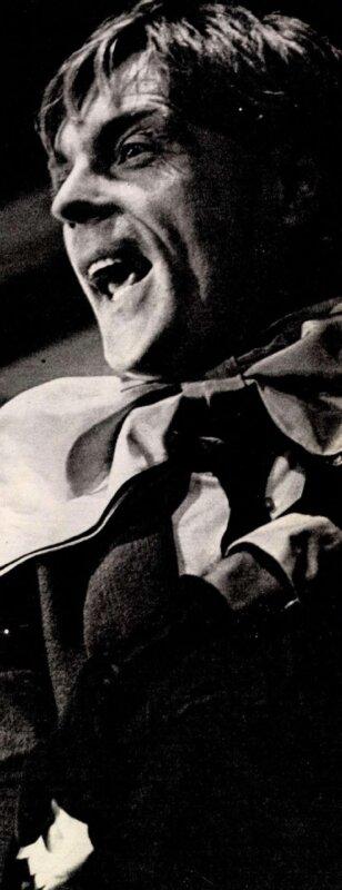 Tomanek Nándor A nyár című darabban, 1967-ben. Forrás: Film Színház Muzsika, 1988/ 33. 5. Arcanum