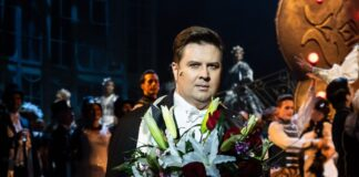 Vadász Zsolt az Operettszínház Csárdáskirálynő című előadásában – forrás: Budapesti Operettszínház