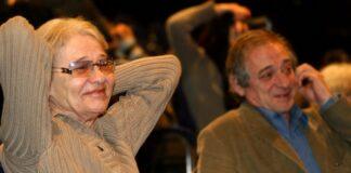 A Nemzeti Színház Stúdió Színpadán 2004. február 22-én mutatták be Csiky Gergely Buborékok című vígjátékát Jordán Tamás rendezésében, a játékmester Törőcsik Mari volt. Fotó: MTI / Sándor Katalin