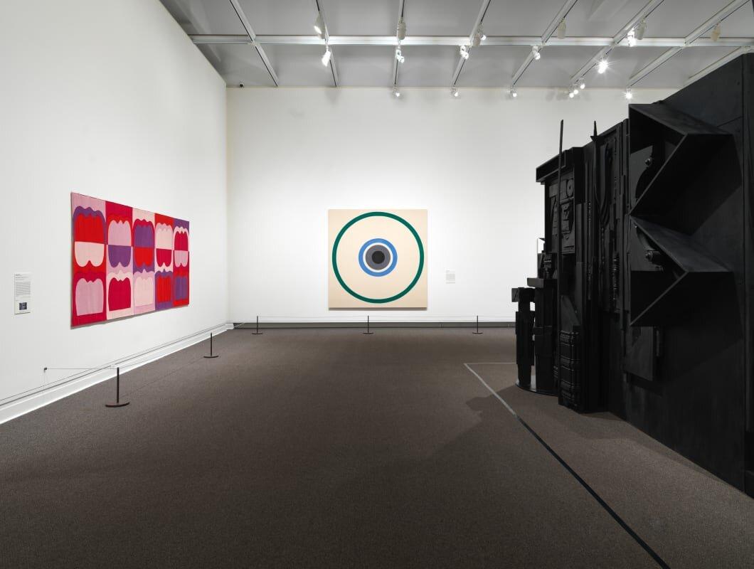 Keserü Ilona munkája a Metropolitan Museum of Arts Epic abstraction: Pollock to Herrera című kiállításán – forrás: Stephen Friedman Gallery