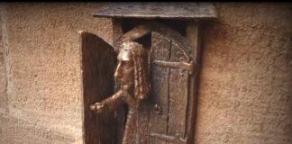Kolodko Mihály Dürer szobra már a helyén - forrás: Facebook