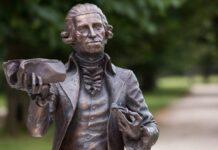Haydn bronzszobra az Esterházy-kastély udvarán - fotó: Nyikos Péter / MTI