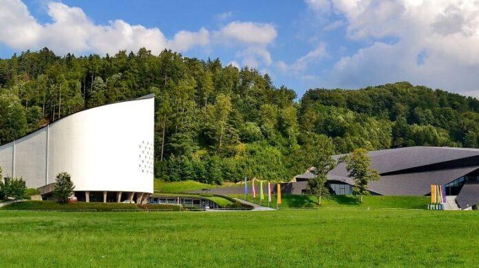 Passionsspielhaus és Festspielhaus Erlben - fotó: TFE Presse