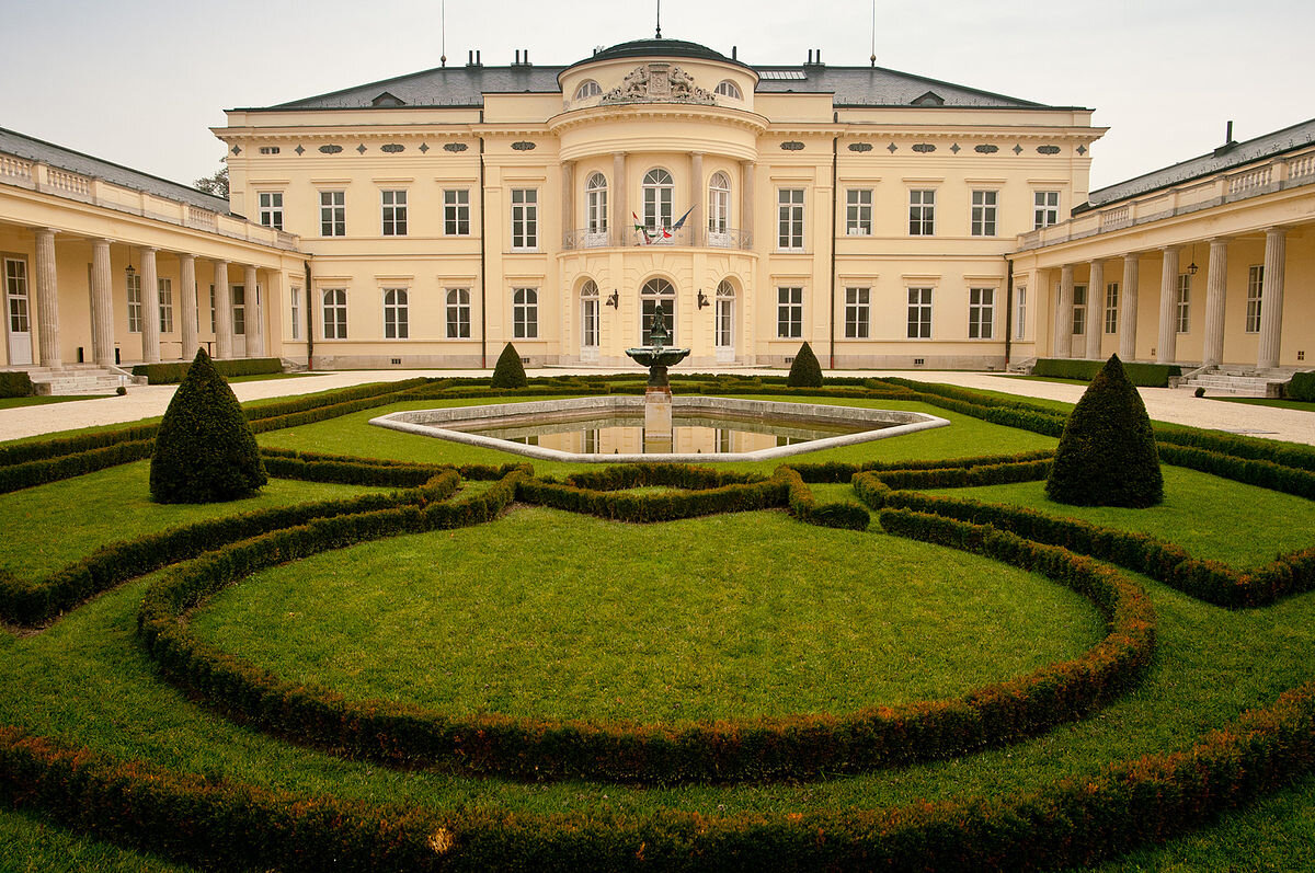 Károlyi-kastély, Fehérvárcsurgó - forrás: Wikipédia