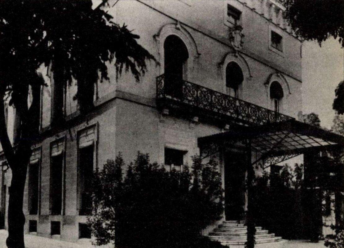 Az egykori királyi követség épülete a Castellana 49. szám alatt. - Forrás:Köztársaság