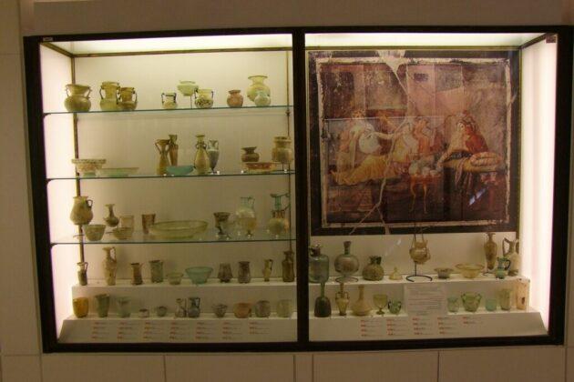 A bejrúti robbanáskor megsérül üvegtárgyakat a British Múzeumban restaurálják - forrás: TEFAT