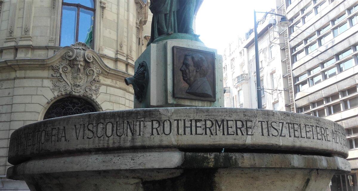 Lord Rothermere emlékkútja a Szabó Ervin téren