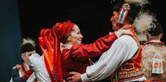 Szany, táncosok - forrás: Muharay Elemér Népművészeti Szövetség