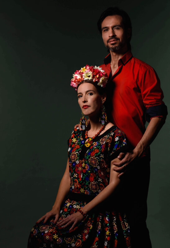 Bojta Zsuzsanna és Manuel B. Camino, Volver La Vida: Frida világa, style: Romani Design, fotós: Harazdy Photography