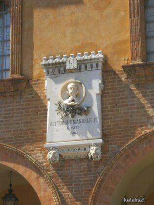 A történelmi Rocca épülete – fotó: Kocsis Katalin / Kataliszt