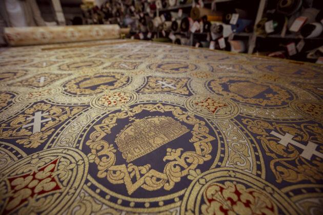 A Szent István-terem, falikárpit - Forrás Várkapitányság
