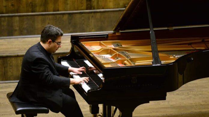 Farkas Gábor az Ifjú Zeneművészek Nemzetközi Nyári Akadémiáján
