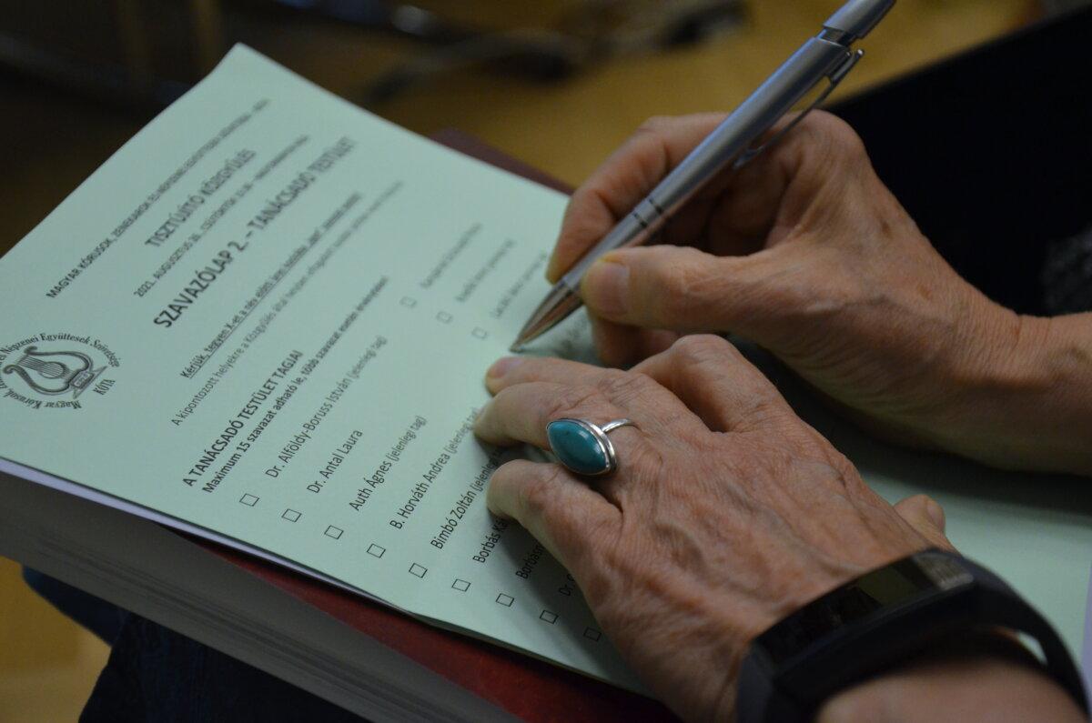 A KÓTA tisztújító közgyűlése - fotó: Birinyi József