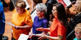 Énekléssel gyógyulók - forrás: Fesztiválzenekar