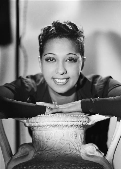Josephine Baker - 1940-ben - forrás: wikipedia / közkincs