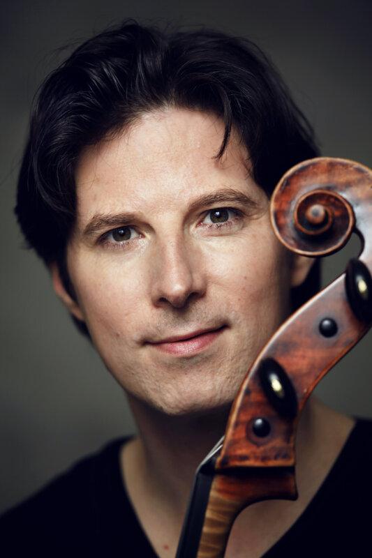 Daniel Müller-Schott – forrás: Pannon Filharmonikusok