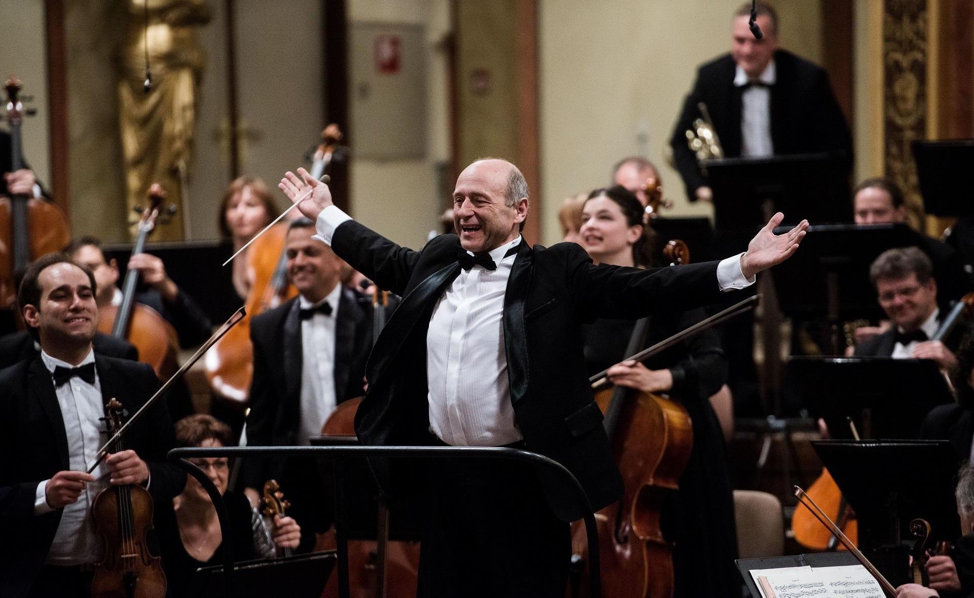 Fischer Iván és a Budapesti Fesztiválzenekar - fotó: Stiller Ákos