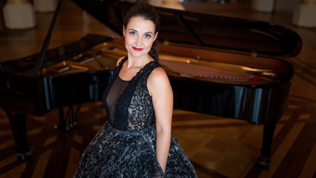 Magyar zeneszerzők műveiből ad szólóestet Fejes Krisztina zongoraművész